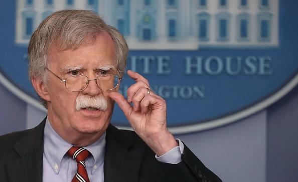 مسؤول أمريكي يحذر تركيا من مزيد من العقوبات إذا لم تطلق سراح قس