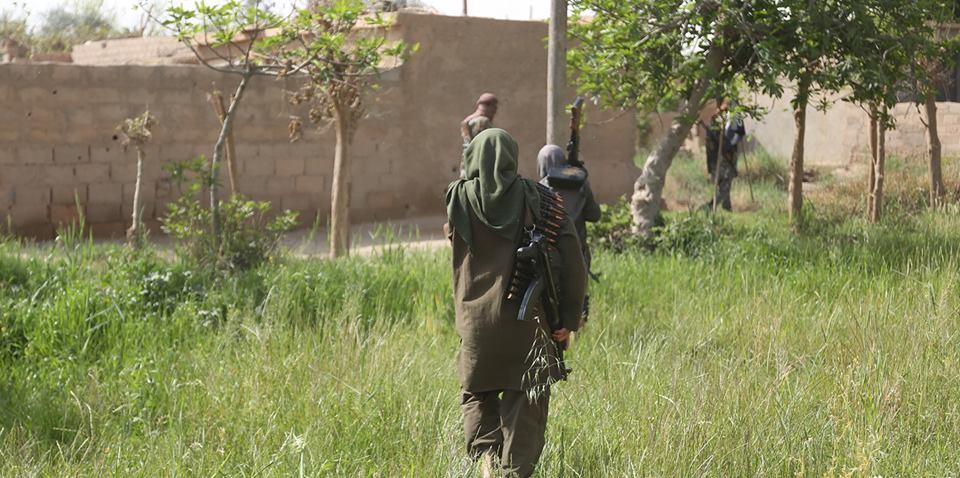 دير الزور.. قصف صاروخي يقتل مدنيين في
