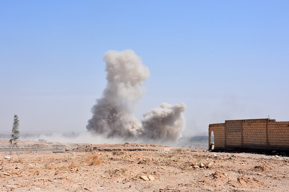 واشنطن تنفي علمها بالضربات التي استهدفت النظام بدير الزور