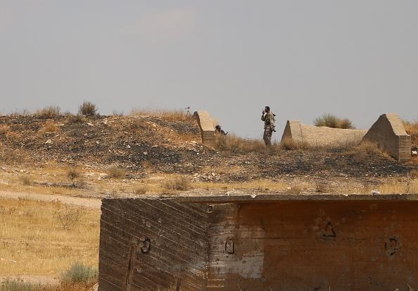 حوران.. إعادة تجميع لميليشيات إيران وترجيحات بمعركة عنيفة