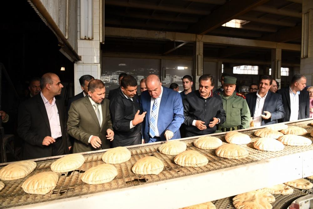 الخبز بالقرب من المنزل!.. جديد وزير تجارة النظام