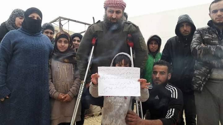 بعد تقرير عن انتشار الجرذان..منع الخبز والماء عقوبة لنازحي مخيم في ريف حلب