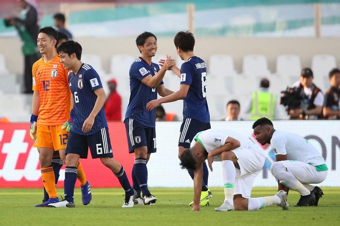 السعودية تسقط أمام اليابان وتودع كأس آسيا