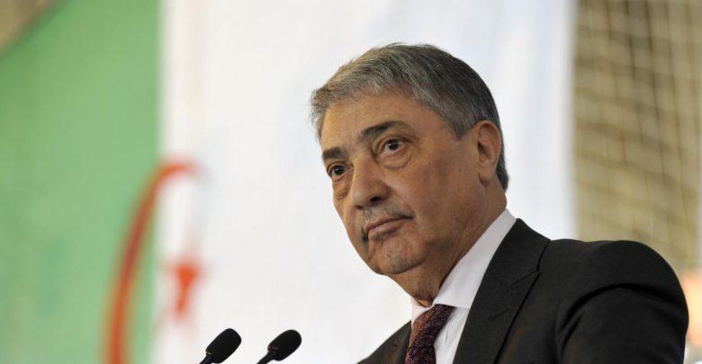 رئيس الوزراء الجزائري الأسبق