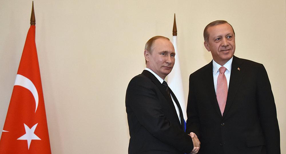 بعد فشل التقنيين.. أردوغان وبوتين يبحثان اللجنة الدستورية السورية