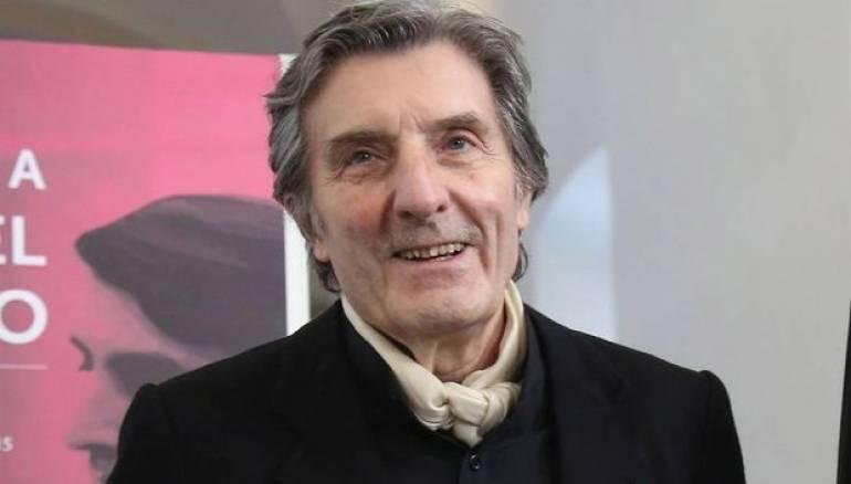 وفاة مصمم الأزياء الفرنسي الشهير اونغارو عن 86 عاما