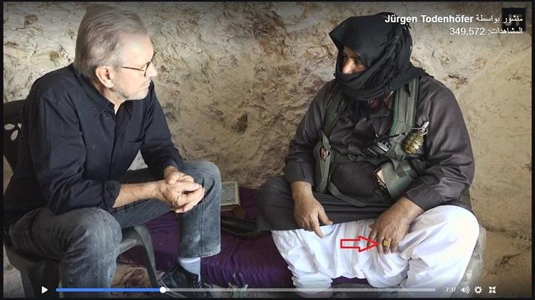 برعاية صحافي البغدادي والأسد معا.. المساعد